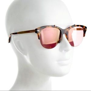 Auth Tom Ford Adrenne sunglasses